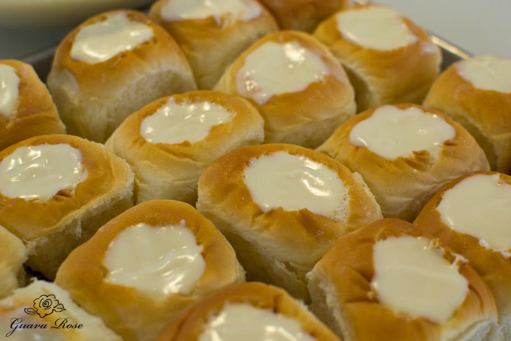 Hawaiian sweet rolls filled with cream cheese custard
