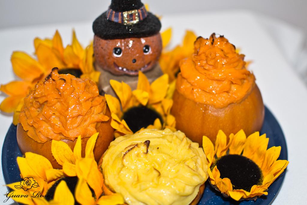 Maple vanilla sweet potatoes in mini pumpkins with pumpkin ornament