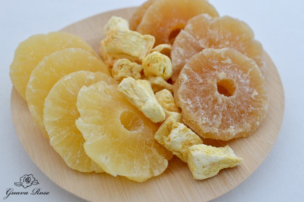 Dried and freeze dried pineapple
