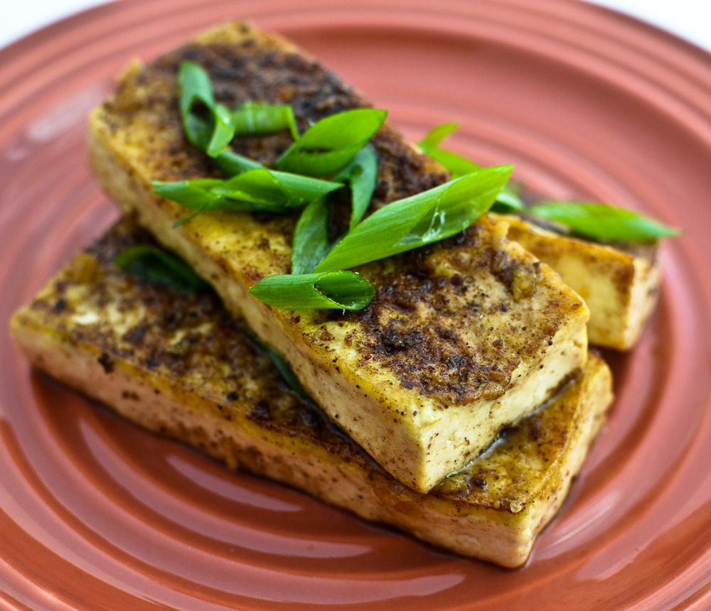 Blackened Tofu with Ginger Ponzu sauce