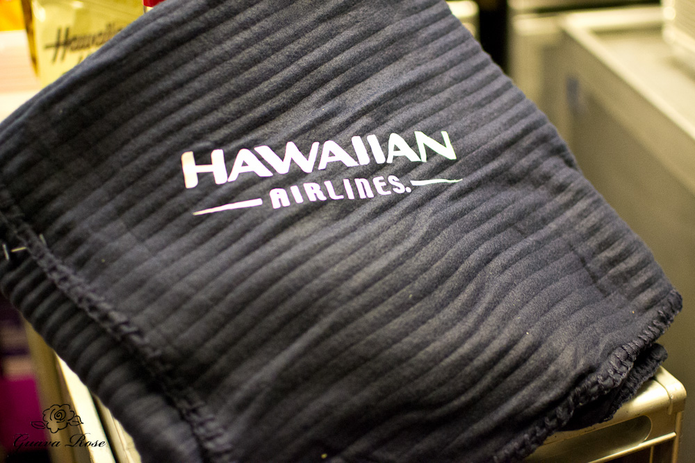 Hawaiian Airline logo blanket
