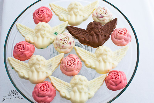 Animal cracker angels and peppermint roses