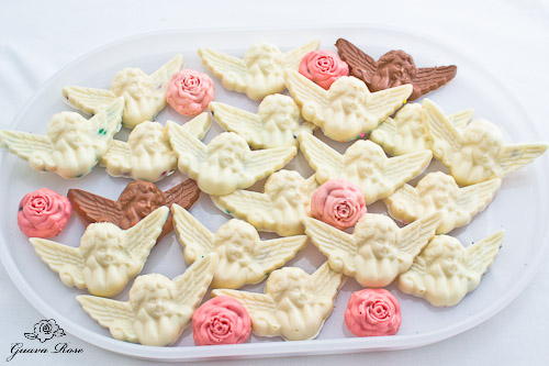 20 animal cracker angels and 6 peppermint roses