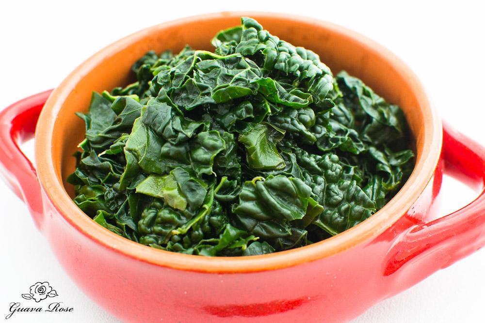 Lau Lau flavored Kale, angled view