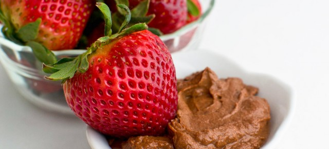 Chocolate Peanut Butter Yogurt Dip