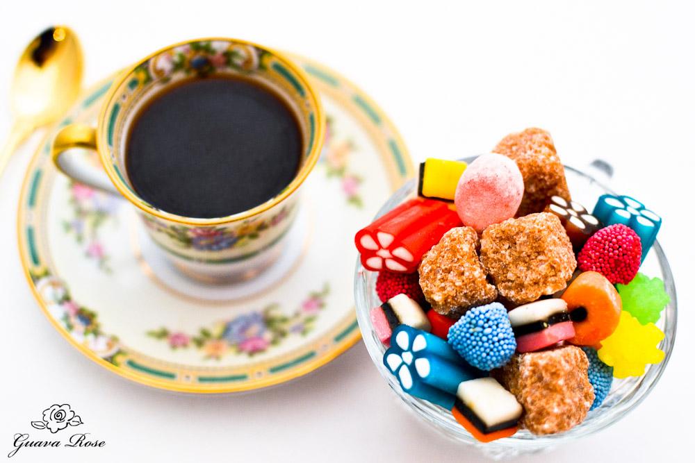 Un cafe et bon bons 2