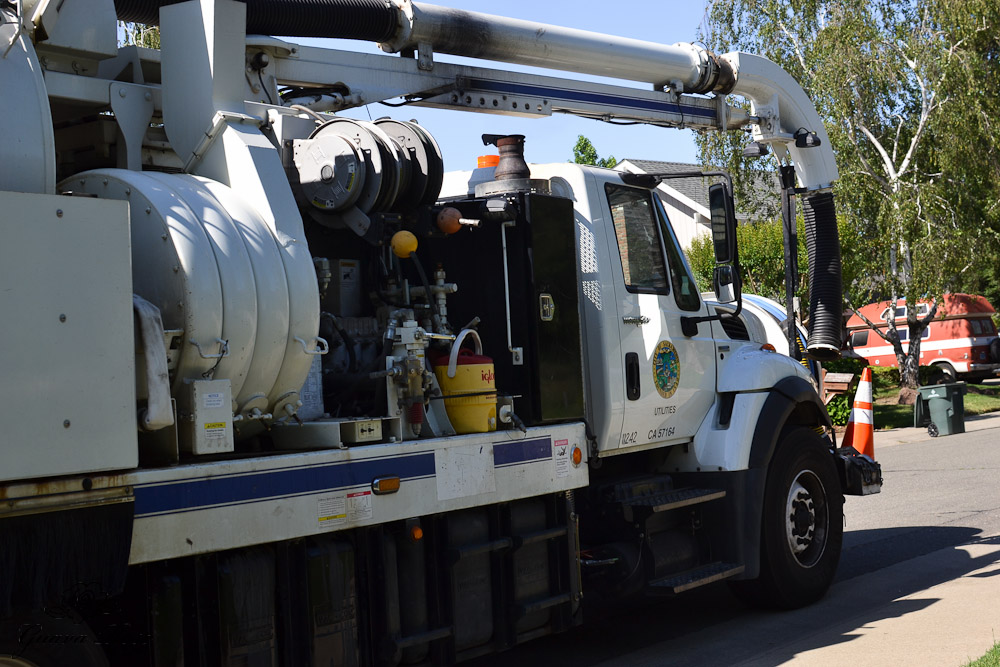 City of Sacramento Utility truck