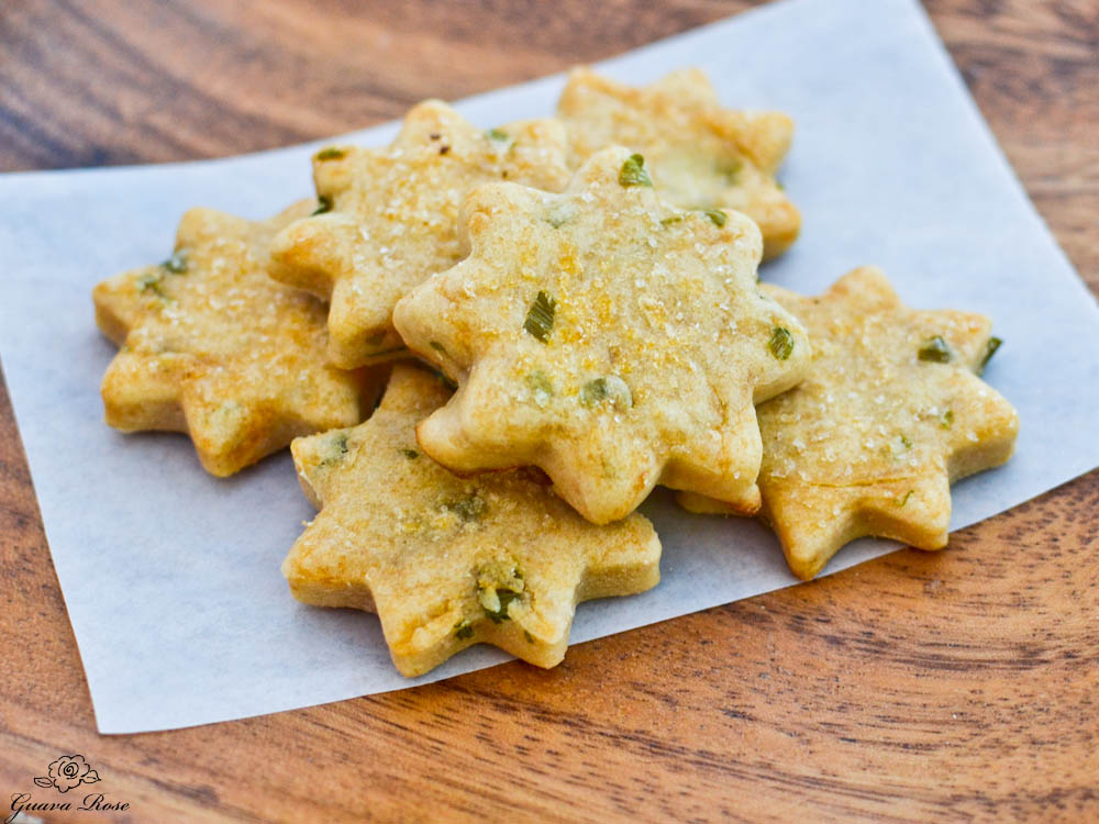 Green Onion, Sesame and Chili Oil Pa'i'ai Biscuits