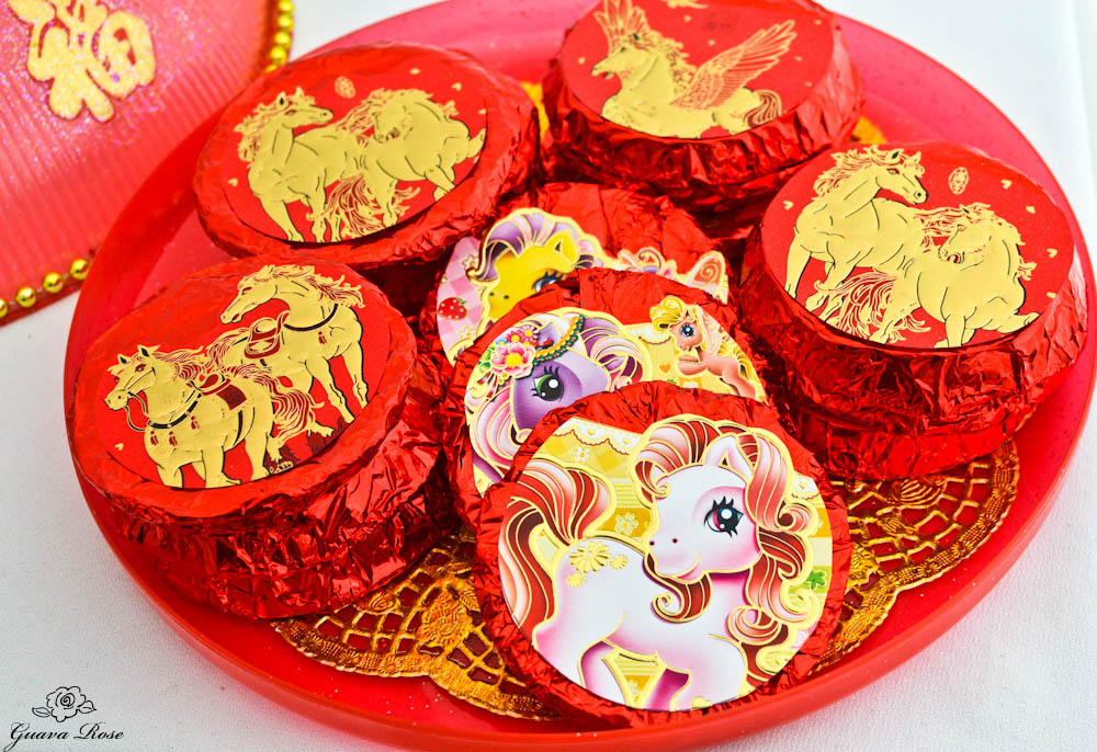Wrapped shortbread oatcakes in Chinese Candy Box