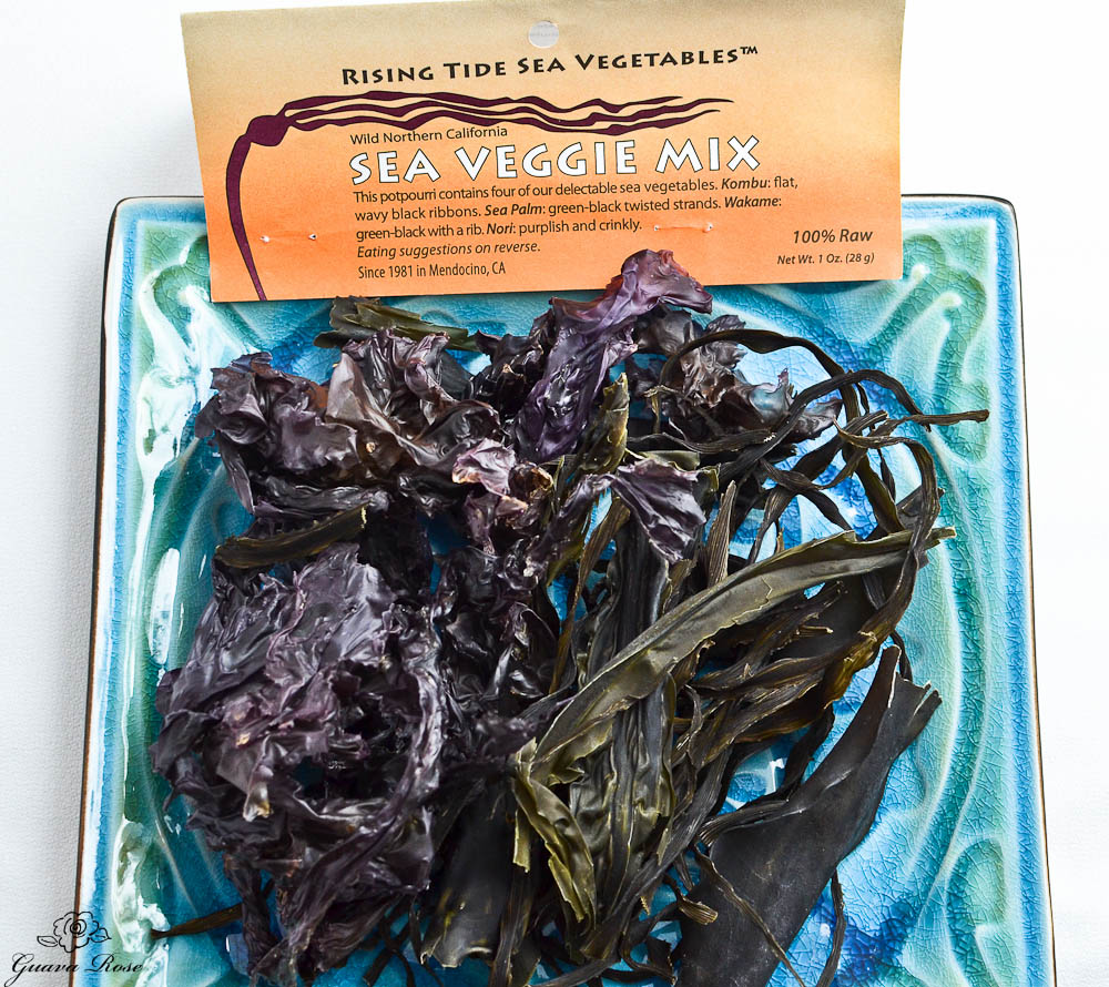Assorted dried sea vegetables (seaweed)