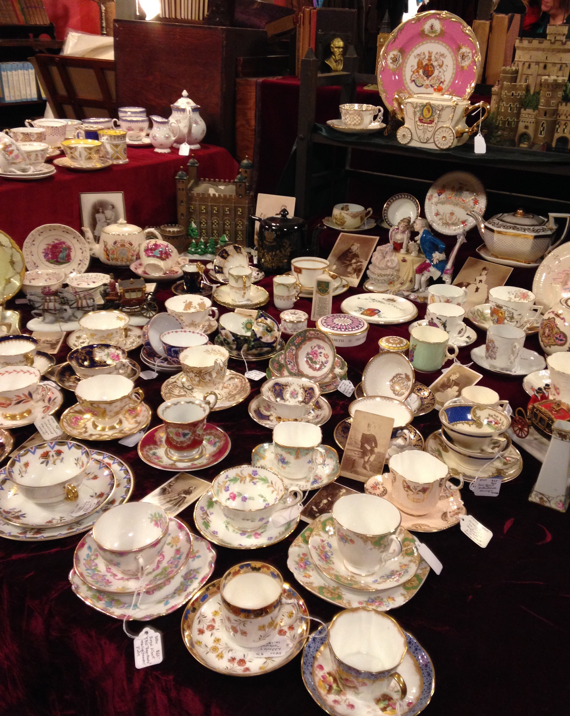 Teacups in Fitz-Gerald Manor shop