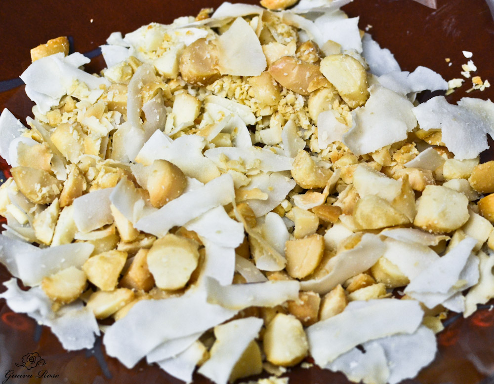 Toasted Macadamia nut pieces and coconut flakes