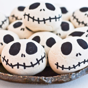 Seed filled Jack-O-Lanterns and Skeleton Heads