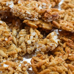 Sesame Ginger Puffed Rice Crunch